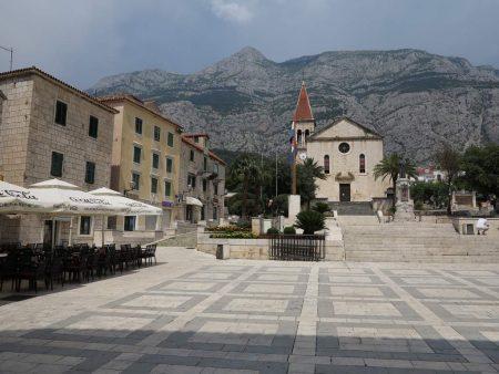 pe_bicicleta_Makarska_Croatia_3
