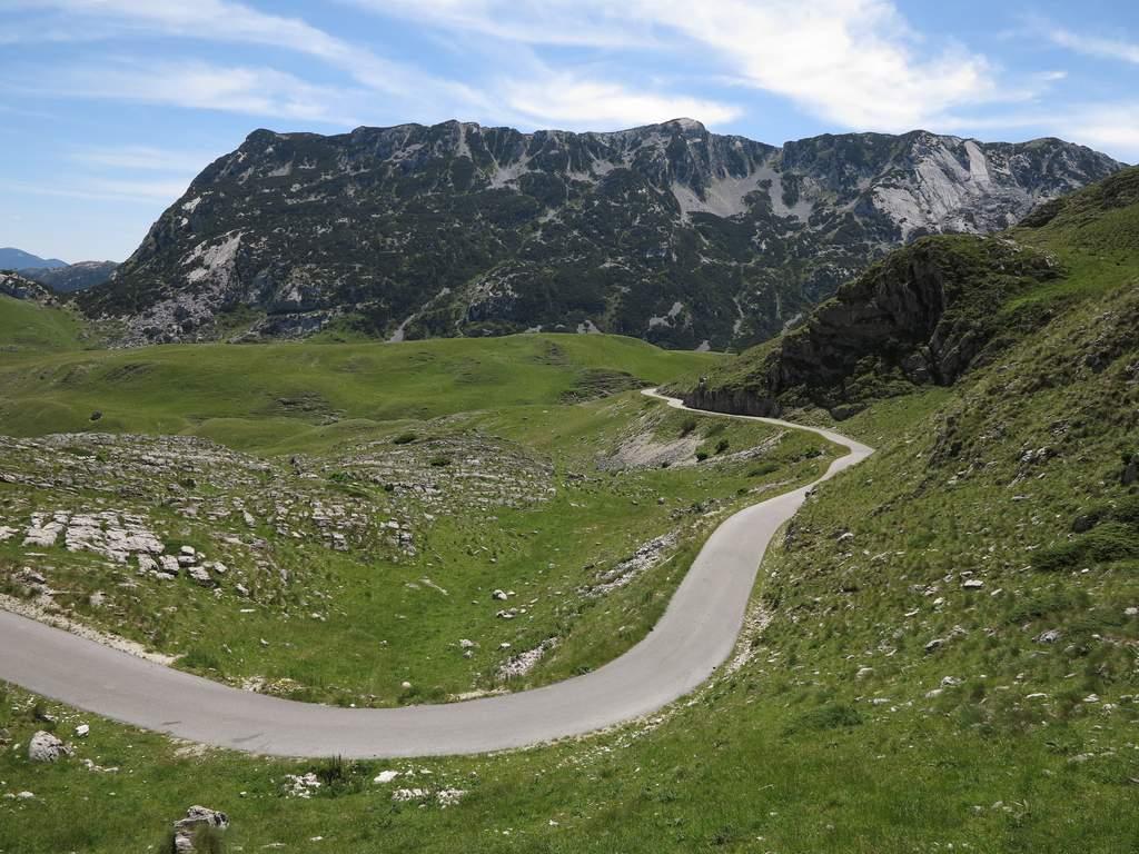 pe_bicicleta_Durmitor_Muntenegru_5