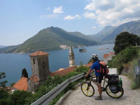 pe_bicicleta_Marea_Adriatica_1