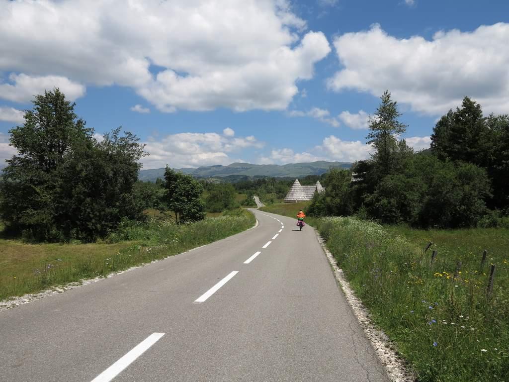 pe_bicicleta_pe_Durmitor_7