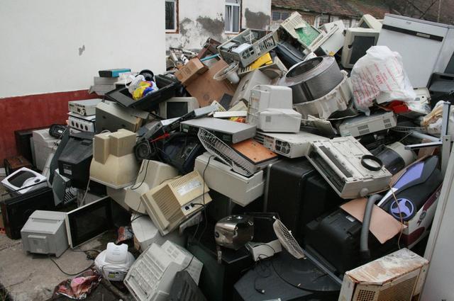 Acțiune de colectare a deșeurilor electrice și electronice în Zalău