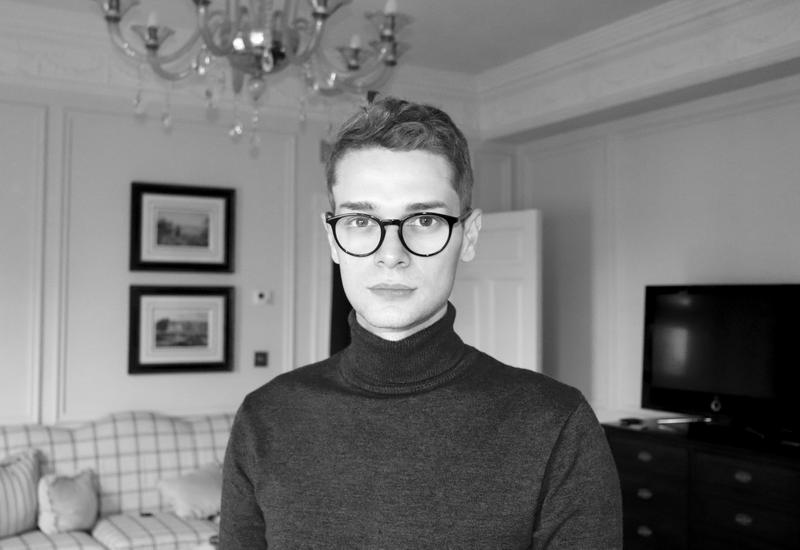 Eduard Daniel - Românul care aleargă voluntar jumătate de maraton la Londra ca să ajute tinerii fără adăpost