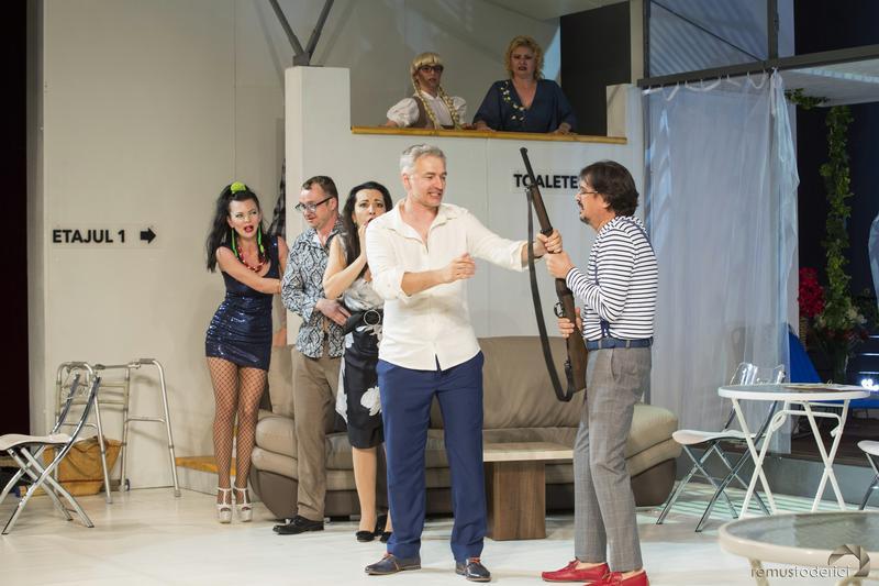 """Actorii Teatrului """"Regina Maria"""" din Oradea aduc la Zalău """"Arta adulterului"""""""