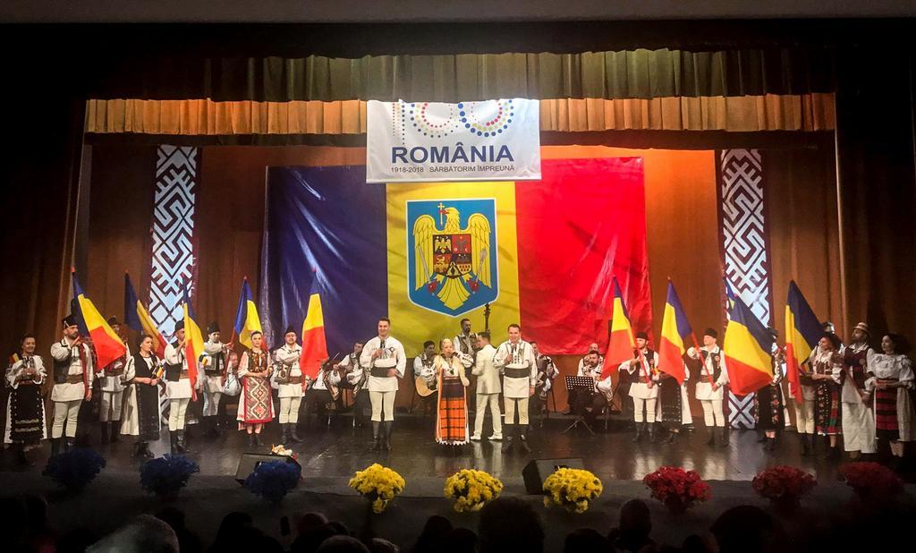 """Sute de participanţi la cea de-a doua ediție a """"Festivalulului Cântecului Patriotic"""""""