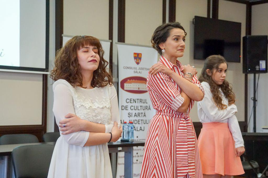 Pro teatru. Trei actrițe și toate trei: așa-i ce frumoasă e poezia lui Nichita Stănescu?