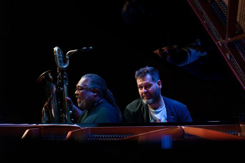 Saxofonistul american Alex Harding și pianistul Lucian Ban, concert de jazz la Zalău