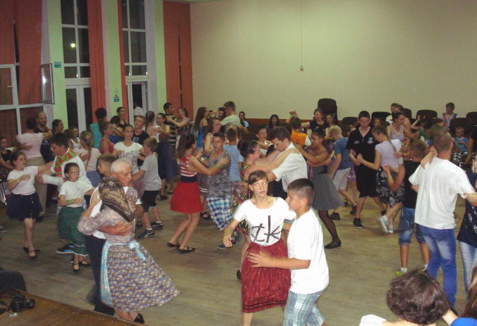 Tabără de dansuri populare, meșteșuguri și teatru popular la Cehu Silvaniei
