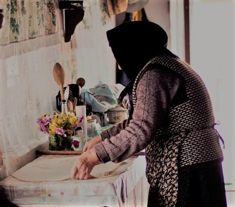 Toamne cu bunica. Când miroase frumos și dulce în casă