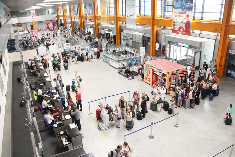 Măsuri de combatere a răspândirii coronavirusului pe Aeroportul Cluj Napoca