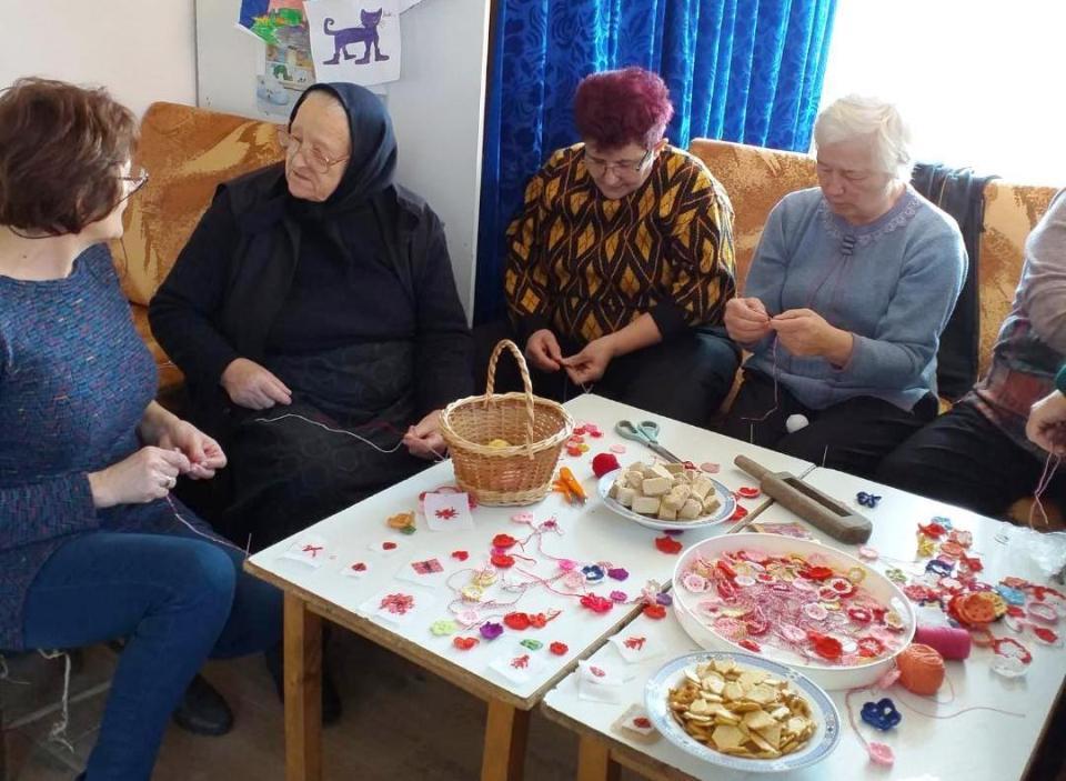 Bunicile din Mirșid și-au dat întâlnire la Bibliotecă