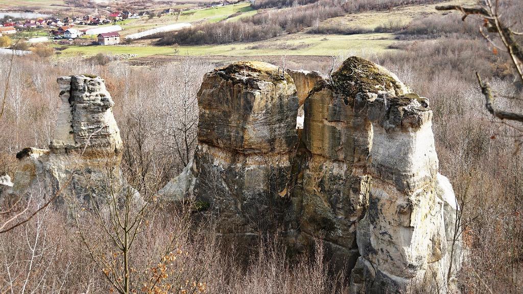 Grădina Zmeilor - Gâlgău Almașului, Sălaj. Legenda, labirintul de piatră