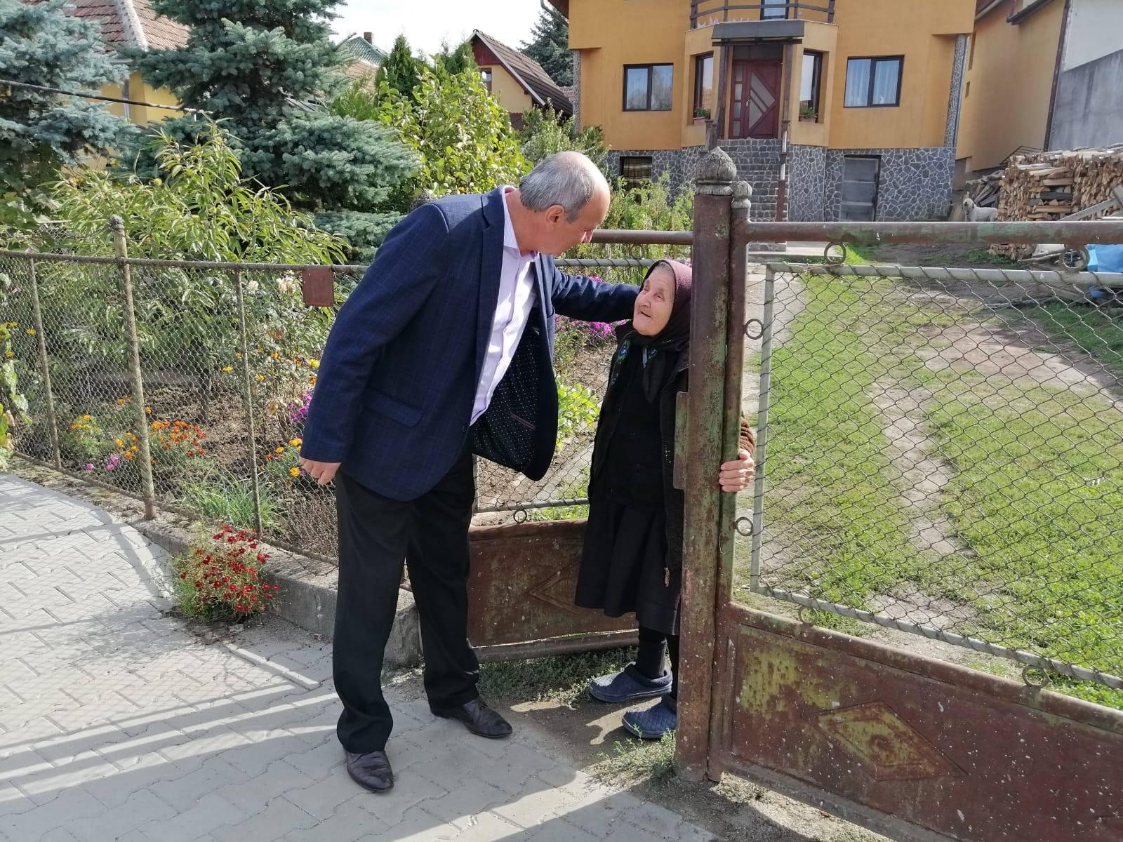 Primăria Zalău acordă atenție sporită persoanelor vârstnice