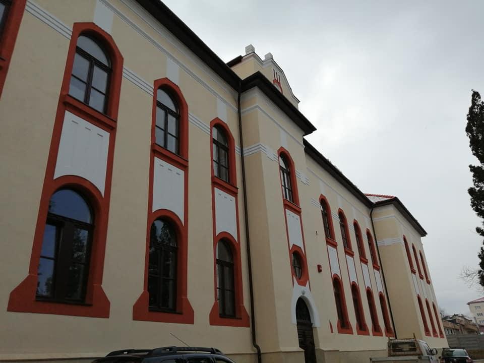 Spitalul de boli infecțioase Zalău, clădiri modernizate și dotări cu mobilier medical nou