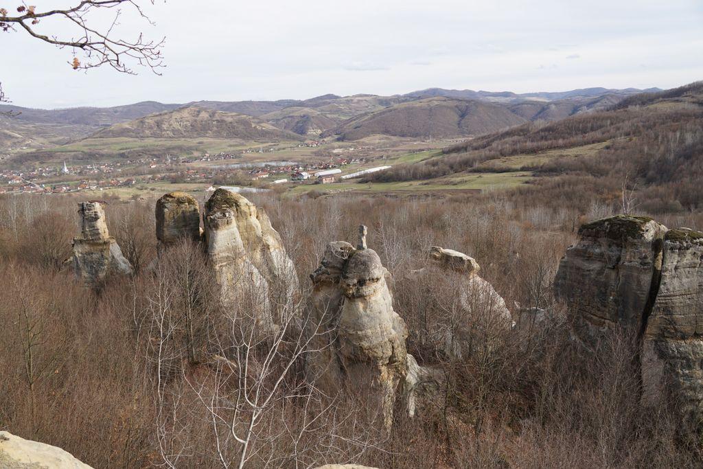 Grădina Zmeilor, unul din cele mai frumoase locuri din România. Legenda, labirintul de piatră