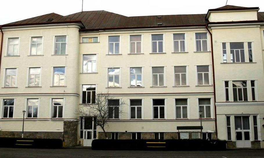 """Liceul tehnologic """"Ioan Ossian"""" din Șimleu Silvaniei, modernizat printr-o investiție de aproape 1,8 milioane Euro. Cămin pentru elevi, cu 54 de camere de cazare"""