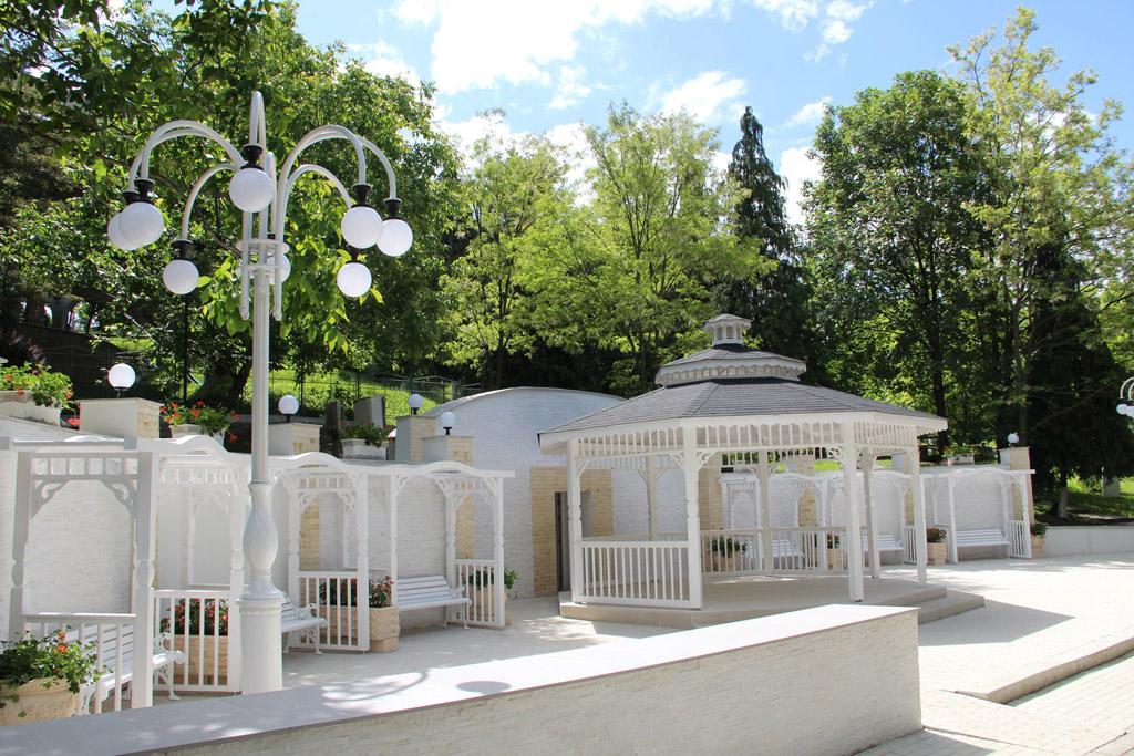 """Căsătoriile vor putea fi oficiate și în """"altarul"""" din Parcul Central Municipal"""