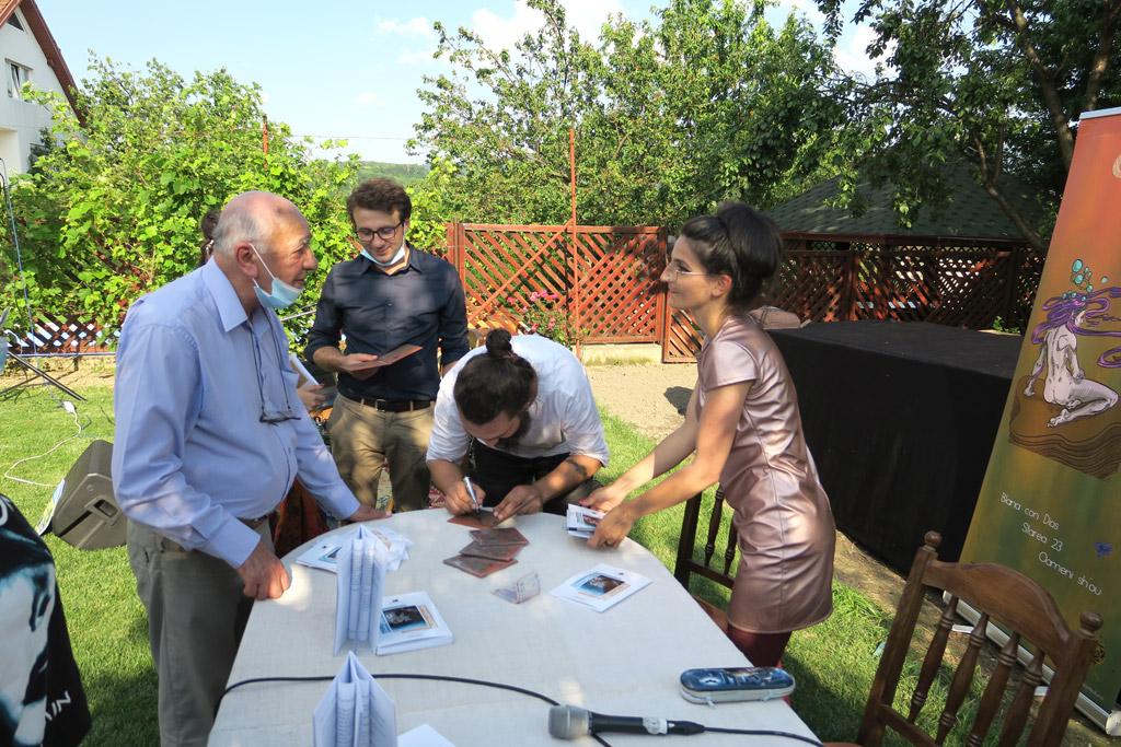 Bunavestire delicioasă, lansare de carte în Curtea artiștilor