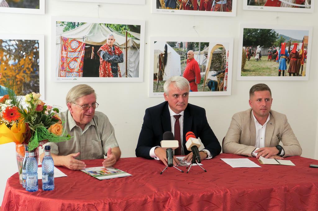 """Báthory  Fest 2019, trei zile de sărbătoare la Șimleu Silvaniei, o sărbătoare care """"face ca orașul Șimleu Silvaniei să conteze pe harta României și a Europei"""""""